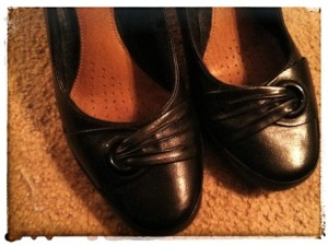 AREN'T MY NEW SHOES PRETTY? RIGHT SIZE. RIGHT PRICE. JUST PERFECT!