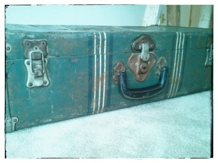 A SECOND VINTAGE SUITCASE