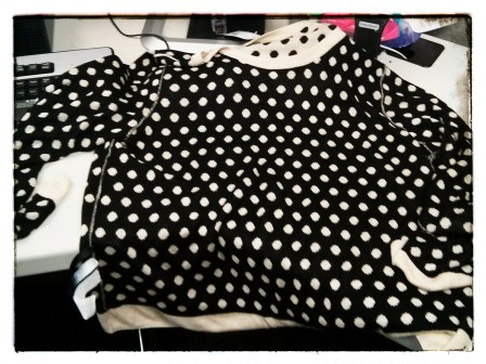 THE OTHER SIDE OF THE LIGHT POLKA DOT SWEATER